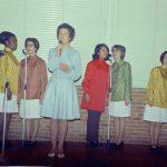 1970 - 03 - 28 anniversario Aurelio - Gen Verde lo celebra al College di Loppiano